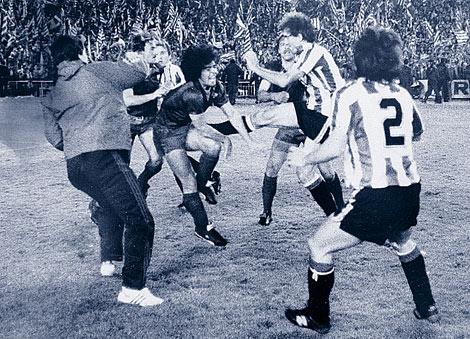 Final-de-Copa-de-1984-acaba-en-batalla-campal